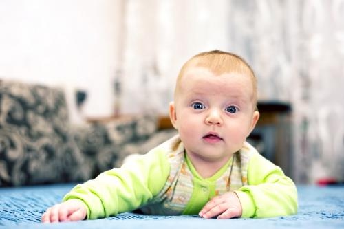 3 Алиса от 0 до года - Рождение ребенка и его первый год - знаменательное событие в жизни семьи. Время в этот год летит очень быстро и малыш меняется почти каждый день, поэтому фотографии этого периода становятся особенно ценными в истории семьи!