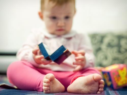 17 Алиса от 0 до года - Рождение ребенка и его первый год - знаменательное событие в жизни семьи. Время в этот год летит очень быстро и малыш меняется почти каждый день, поэтому фотографии этого периода становятся особенно ценными в истории семьи!