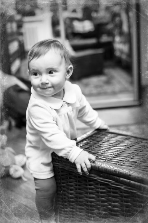 20 Алиса от 0 до года - Рождение ребенка и его первый год - знаменательное событие в жизни семьи. Время в этот год летит очень быстро и малыш меняется почти каждый день, поэтому фотографии этого периода становятся особенно ценными в истории семьи!