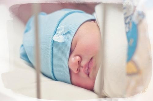 2 Алиса от 0 до года - Рождение ребенка и его первый год - знаменательное событие в жизни семьи. Время в этот год летит очень быстро и малыш меняется почти каждый день, поэтому фотографии этого периода становятся особенно ценными в истории семьи!