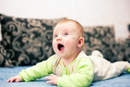 4 Алиса от 0 до года - Рождение ребенка и его первый год - знаменательное событие в жизни семьи. Время в этот год летит очень быстро и малыш меняется почти каждый день, поэтому фотографии этого периода становятся особенно ценными в истории семьи!